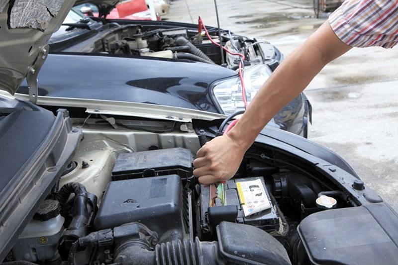 Câu bình ắc quy xe ô tô quận 3 & 10 – liên hệ ngay: 0938.724.247